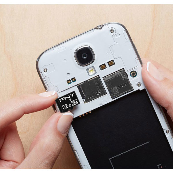 PNY Κάρτα μνήμης microSDHC, Class 10 UHS-I U1, 32GB,έως και 100 MB/s με αντάπτορα SD P-SDU32G10PPL-GE 32GB 3